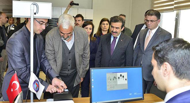 Diyarbakır'da pasaport ve ehliyetteki yeni uygulamaya geçildi