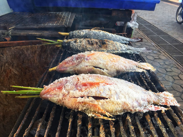Thai fish rolled in salt and stuffed with fresh lemongrass