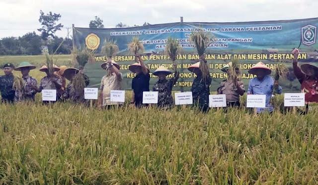 Kunjungan anggota DPR RI di Desa Selokgondang