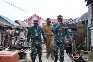 Bersama Bupati Kolaka, Danrem 143/HO Tanam Jagung dan Tinjau Lokasi TMMD di Kabupaten Kolaka