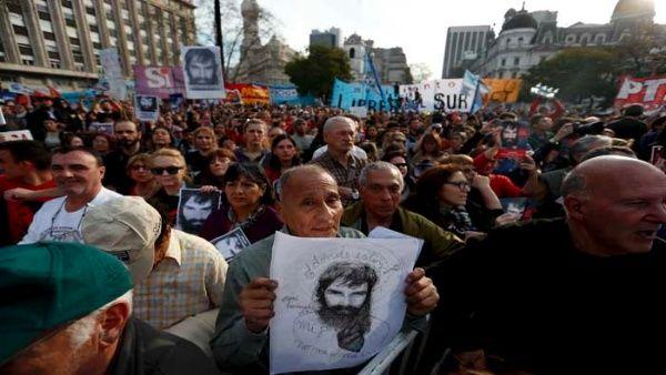 Hermano de Santiago Maldonado acusa a Gendarmería argentina de su desaparición