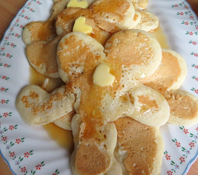 Ma's Pancake Men for Pancake Day
