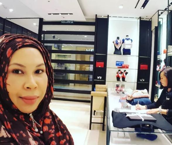 Dato Vida Shopping di Butik Chanel Pukul 12 Malam