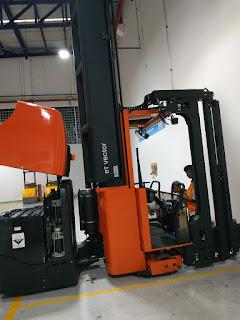 Tips Membeli Forklift Bekas atau Baru Berdasarkan Kondisi Fisik