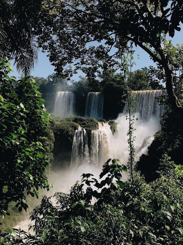 Download Beautiful wallpaper of a waterfall