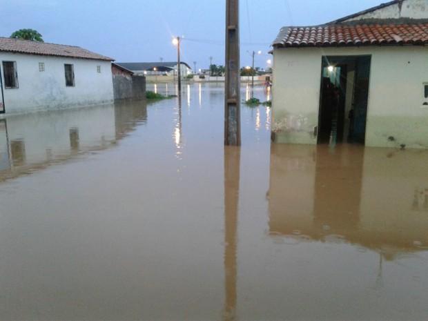 Ceará tem sábado chuvoso em mais de 70 cidades; Ibicuitinga tem 157 mm