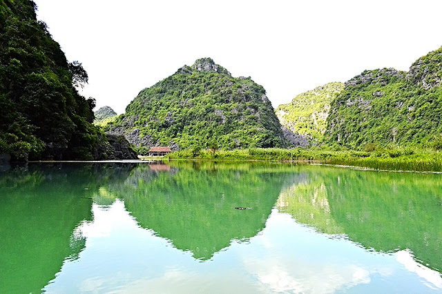 Why Ninh Binh And Halong Bay Should Be Part Of Your Vietnam Travel Plans? 3