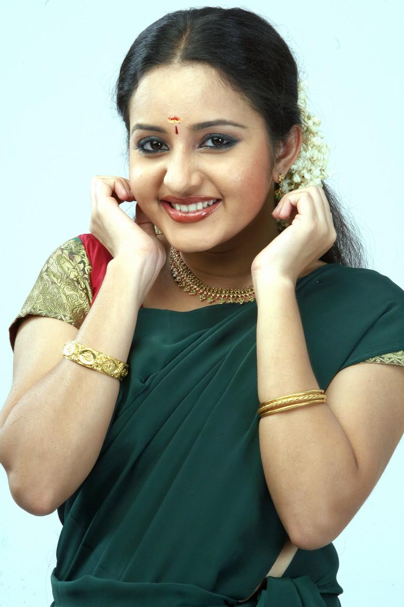 kannada actress cleavage