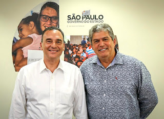 Prefeito retorna de São Paulo com a notícia da construção de 65 novas casas pela CDHU em Cajati