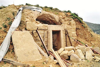 Roman-era grave unearthed in SW Turkey