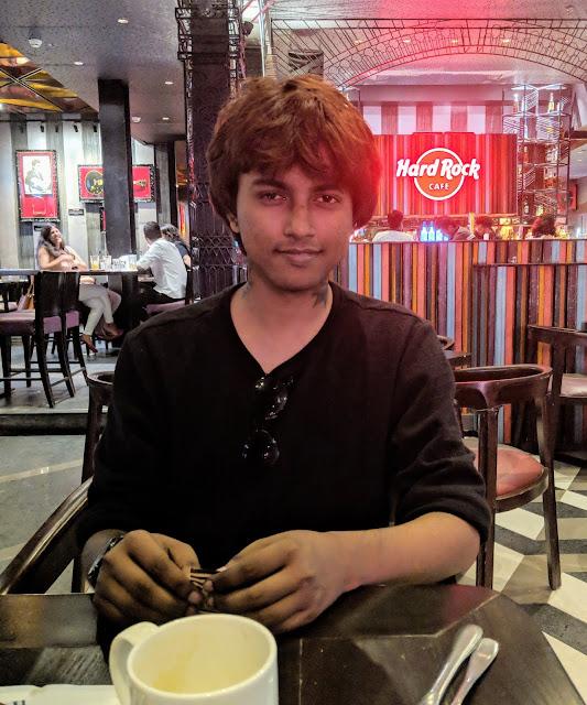 Sourajit Saha At Hardrock Cafe 3