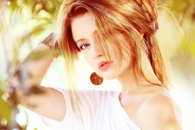 faire un maquillage naturel - teint naturel - teint lisse - maquillage des yeux - maquillage de la bouche - teinte fond de teint - maquillage naturel - maquillage nude - maquillage leger
