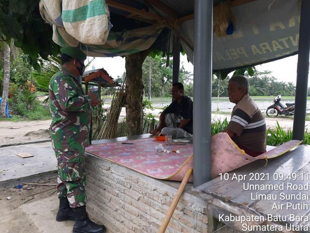 Hindari Penyakit BDB, Personel Jaajran Kodim 0208/Asahan Ajak Warga Jaga Kebersihan