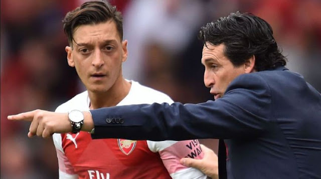 ozil-screamed-at-manager-emery