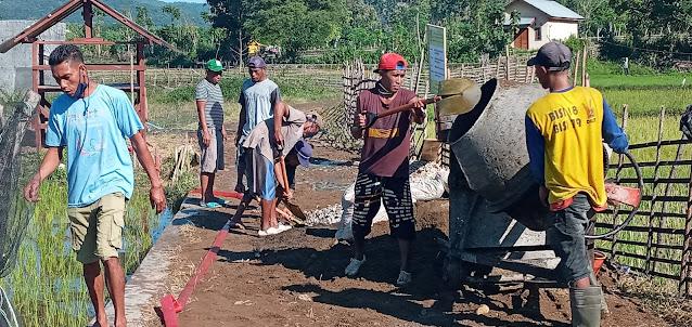 Warga Desa Mpuri Merasa Gembira Jalan Tani Dam Keru I Di Cor Beton