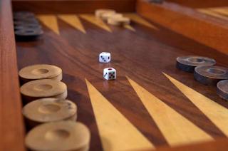 backgammon casino game