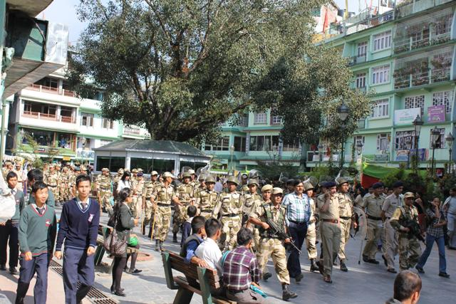 Sikkim NOW!: Namthang clash between SDF and Golay supporters