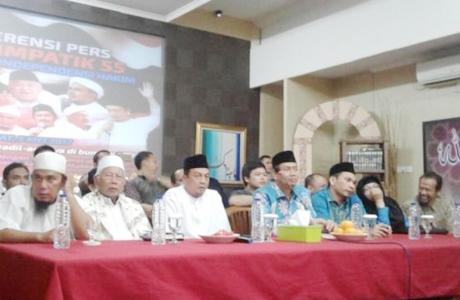 Aksi Simpatik 55 Menuntut Hakim Jatuhkan Hukuman Maksimal Kepada Ahok