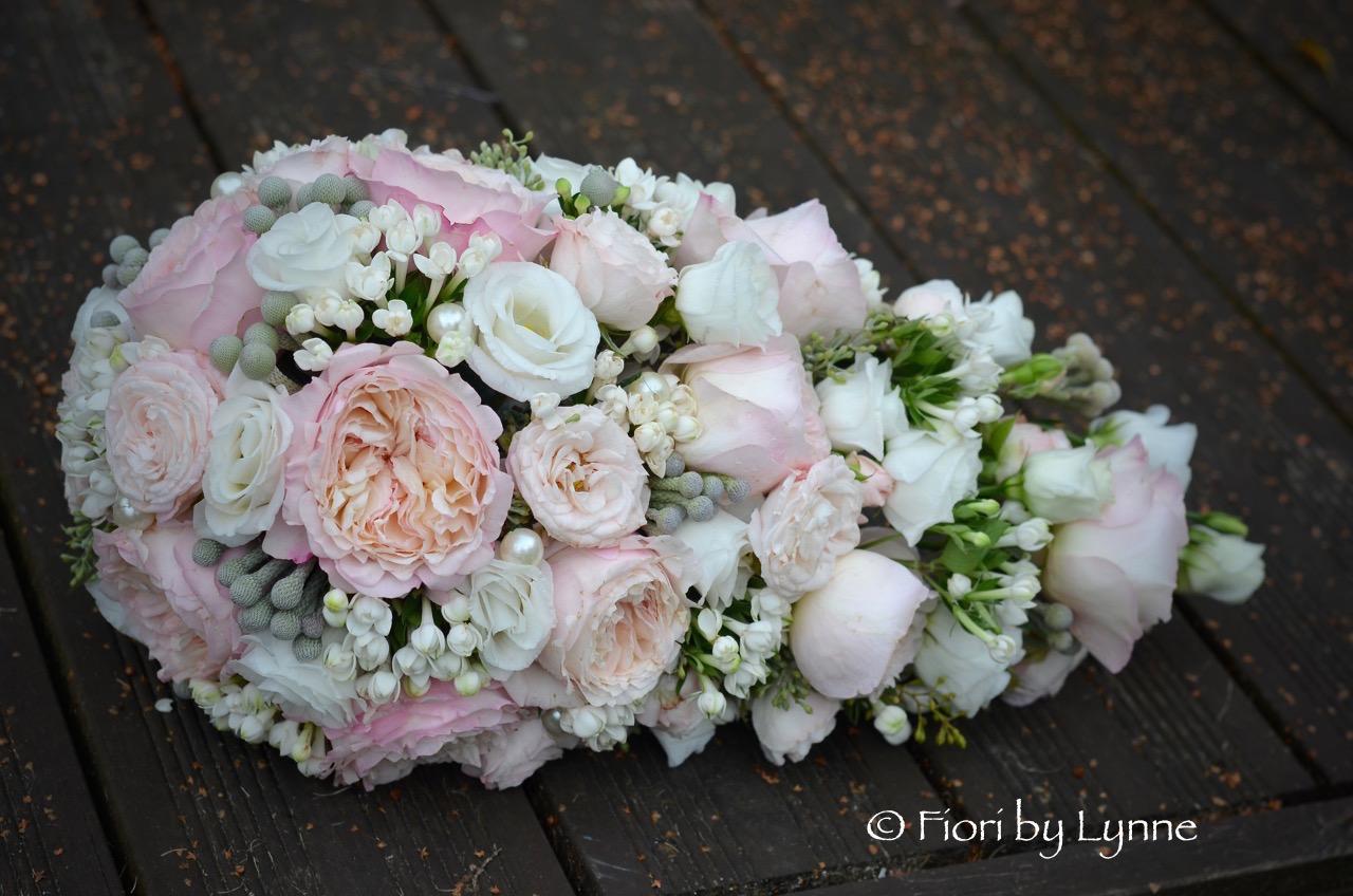 Wedding flowers blog rachaels formal wedding flowers in blush and rachaels formal wedding flowers in blush and silver the ageus bowlsouthampton mightylinksfo