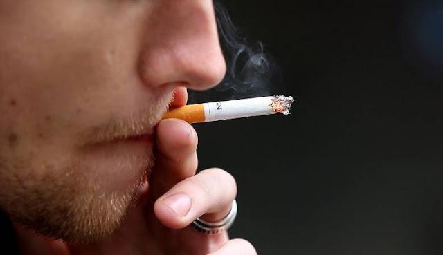 المدخنون أكثر عرضة للخطر إذا ما أصيبوا بكورونا