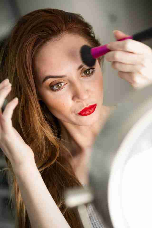 How to contour Makeup like a pro : Beginner's guide