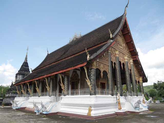 a beautiful Laotian Buddhist temple in Luang Prabang
