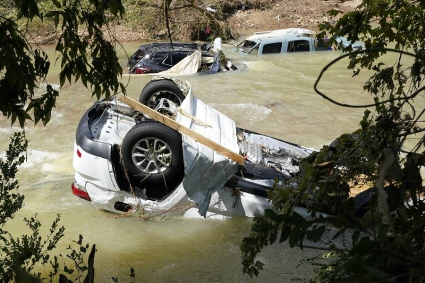 """At least 21 people die in 'catastrophic' floods in Tennessee """"Catastrophic"""" floods have left at least 21 people dead in Tennessee, the authorities of the South American state announced Sunday, while local media reported that dozens of people were still missing."""