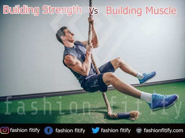 Is it easy to build strength vs build muscle | To gain weight | Hypertrophy vs Strength | fashionfitify
