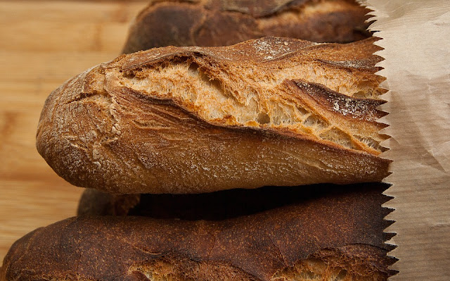 can a vegan eat bread