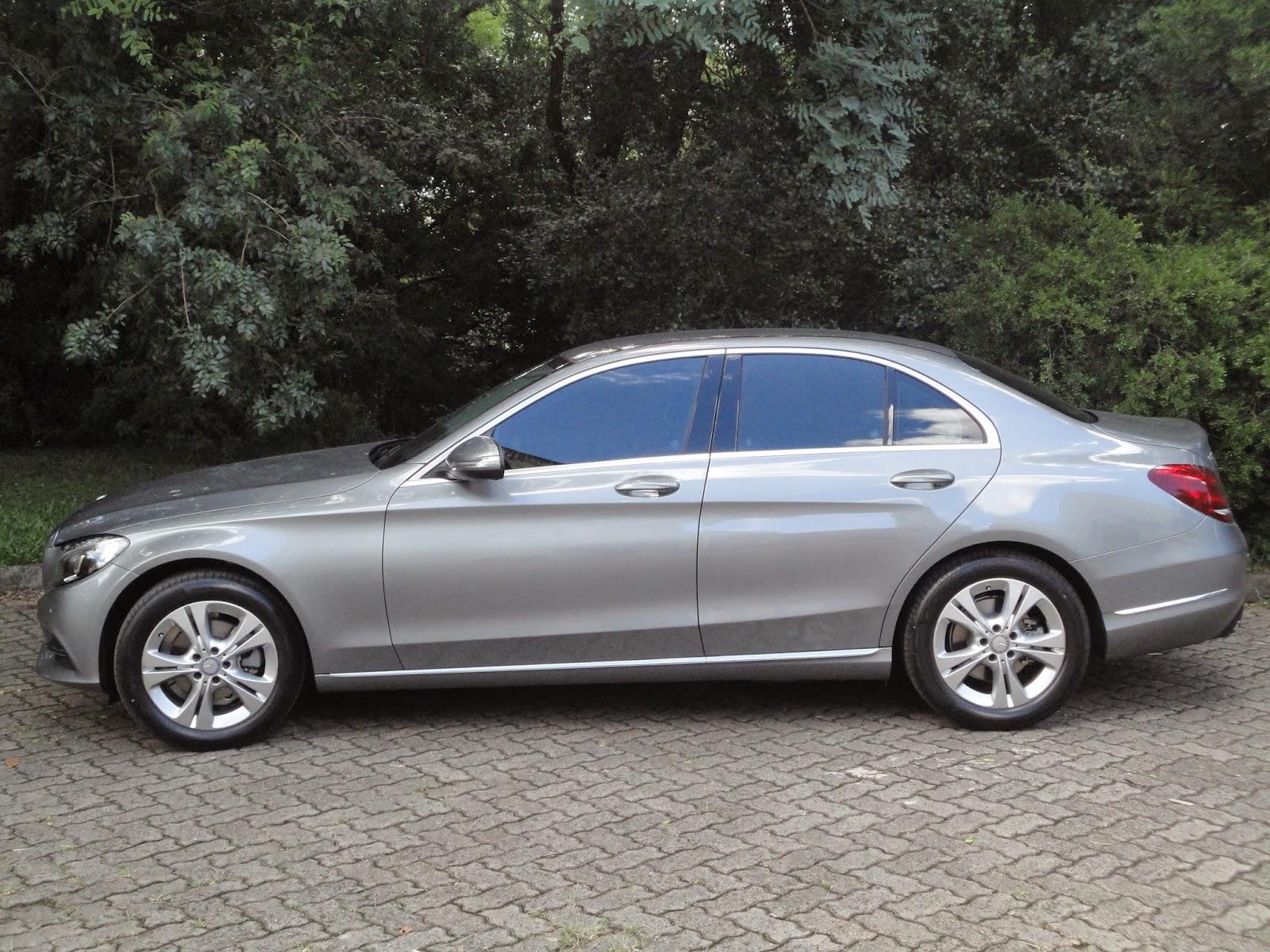 Mercedes benz c180 mercedes benz gla chrysler 300c preto for Mercedes benz 300c