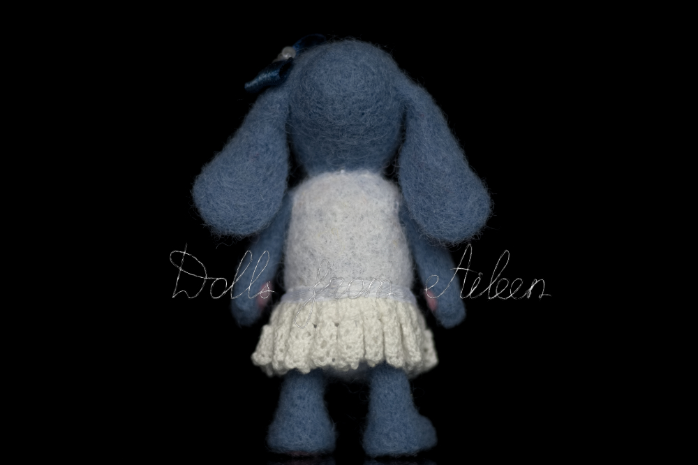 blue ooak needle felted bunny, view from behind