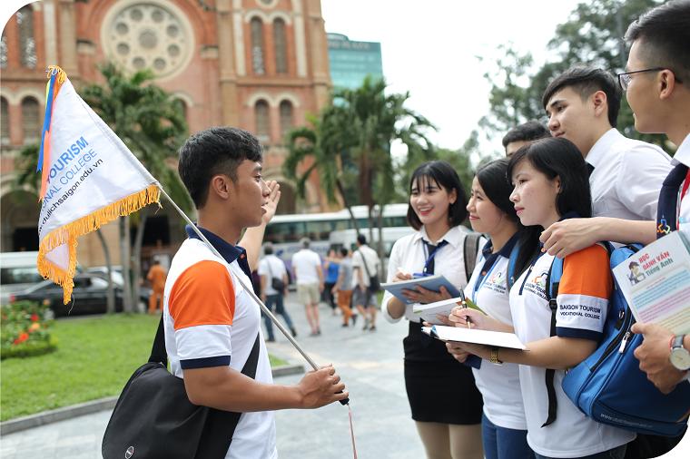 Dân khối C có thể chọn ngành dịch vụ du lịch và lữ hành