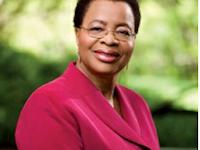 Graça Machel eleita uma das mulheres mais influentes de África | Bento Pro