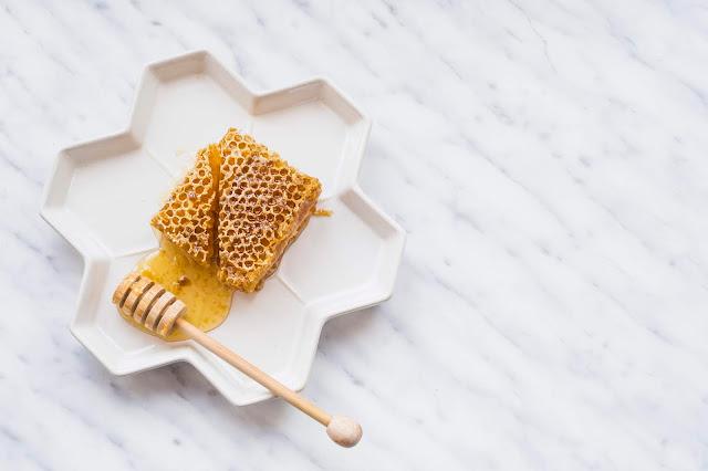 Il miele: i benefici e le sue straordinarie proprietà