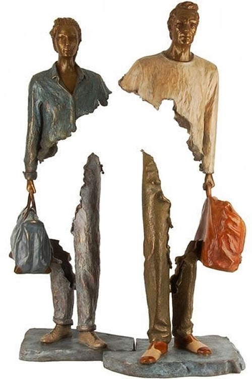 12-French-Artist-Bruno-Catalano-Bronze-Sculptures-Les Voyageurs-The-Travellers-www-designstack-co