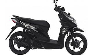 Sepeda Motor Honda Beat Street 3
