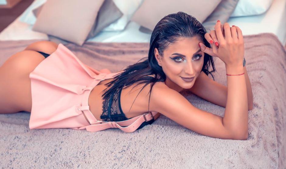 VivyanTyler Model GlamourCams