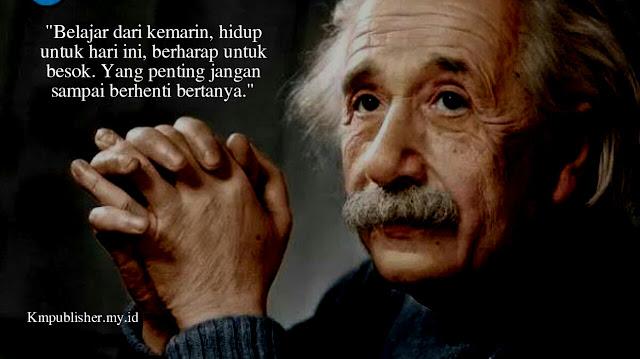 30 Kata Kata bijak Albert Einstein Tentang Kehidupan yang Penuh Makna