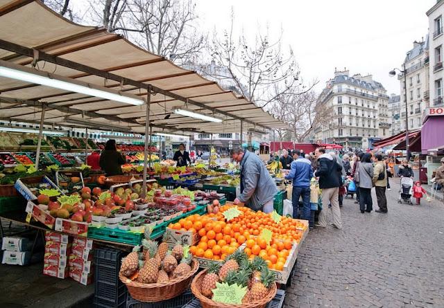 Feira Rue Mouffetard em Paris
