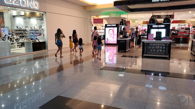 Mall of Americanas in Cancun Mexico