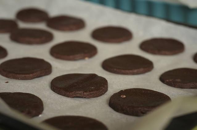 Bake the alfajores cookie halves