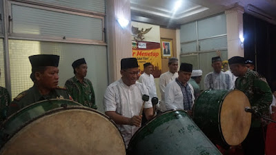 Walikota Mojokerto dan Forkompimda Takbiran di Balai Kota