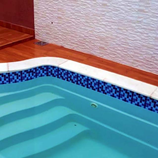 Adesivos Bordas de Piscinas Rolo C/ 1 Metro X 15CM Design Ladrilho Azul - PS004