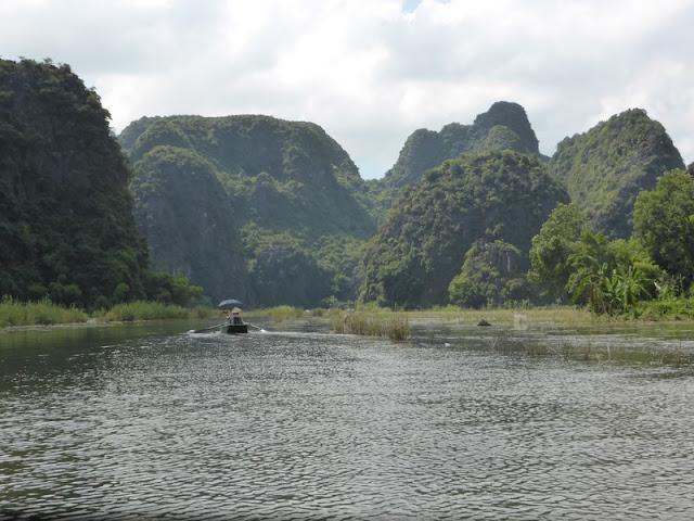 Tam Coc, rio Ngo Dong