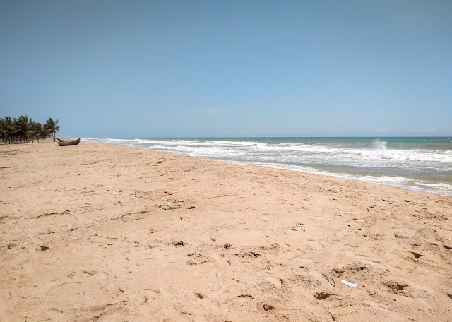 Dzita and the Atlantic, Ghana