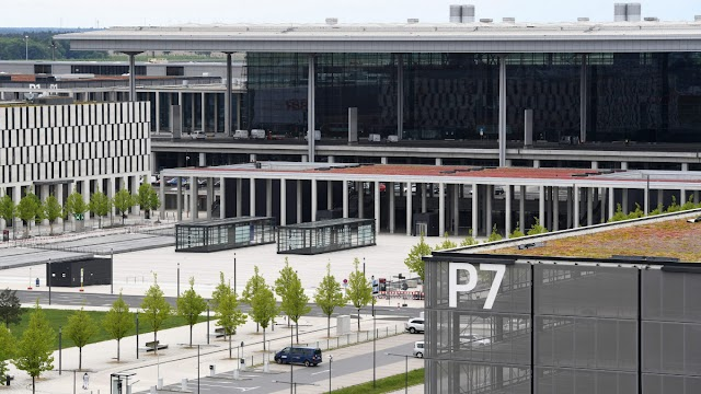 Kilencéves késéssel, 2020 őszén nyithat az új berlini repülőtér