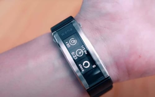 Wena 3 .. Sony's Smart Belt with Heart Rate Monitor
