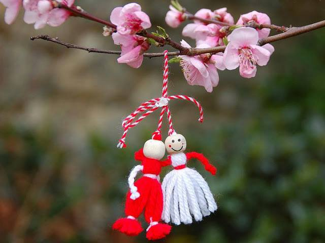 Astăzi este 1 martie. O primăvară minunată, doamnelor şi domnişoarelor!