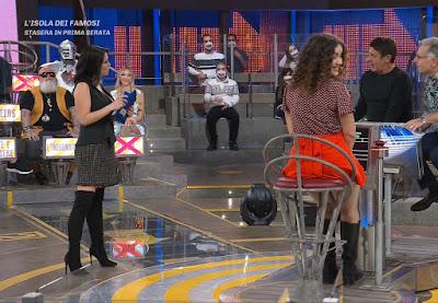 Miss Claudia Ruggeri abbigliamento Avanti Un Altro 3 maggio