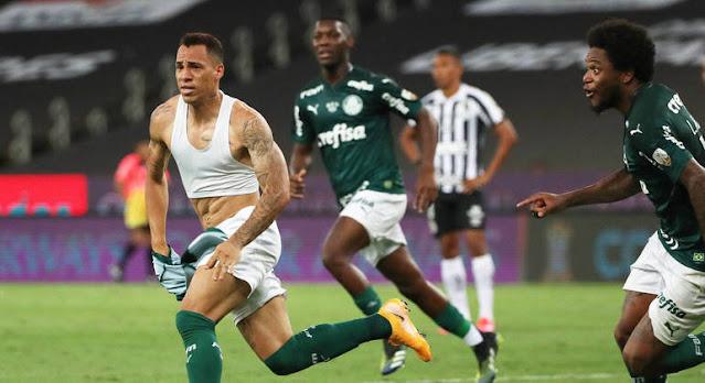 Breno Lopes marca nos acréscimos e Palmeiras conquista o bi da Libertadores